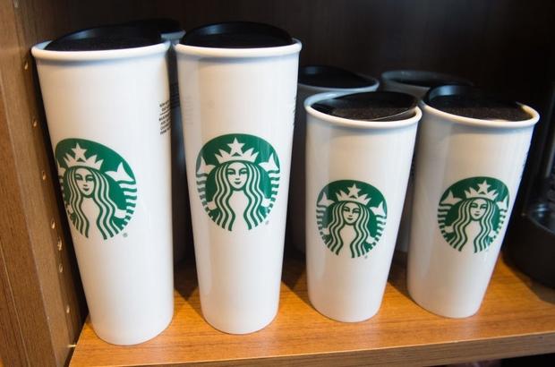 Game of Thrones'daki Starbucks bardağının dışında filmlerde ne gibi hatalar yapıldı?