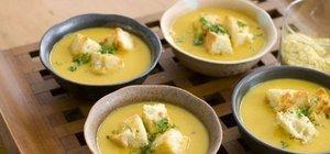 Balkabağı çorbası nasıl yapılır? Baharatlı balkabağı çorbası nasıl yapılır?