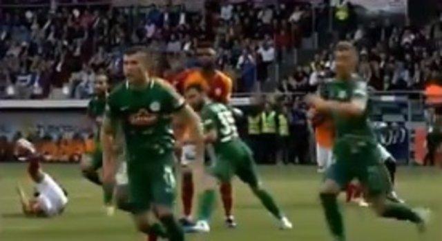 Rize'de tartışılan an! Penaltı ve sonrası... Galatasaray...