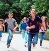 Yaz tatili ile ilgili son dakika açıklamayı Milli Eğitim Bakanı Ziya Selçuk yaptı. Bakan Selçuk yaz tatilinin 2 hafta kısalacağını, Kasım ve Nisan aylarında birer hafta tatil olacağını açıkladı. Bakan Selçuk, ara tatillerin ne zaman yapılacağını da duyurdu. İşte okullara yeni tatil düzeni ve yaz tatiline dair detaylar...