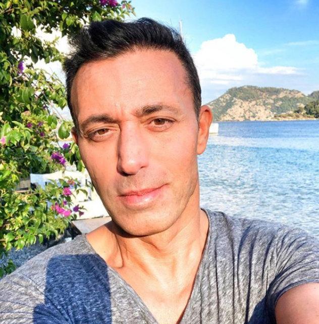 Mustafa Sandal: 25. yılımı yazdığım kitapla kutlayacağım - Magazin haberleri