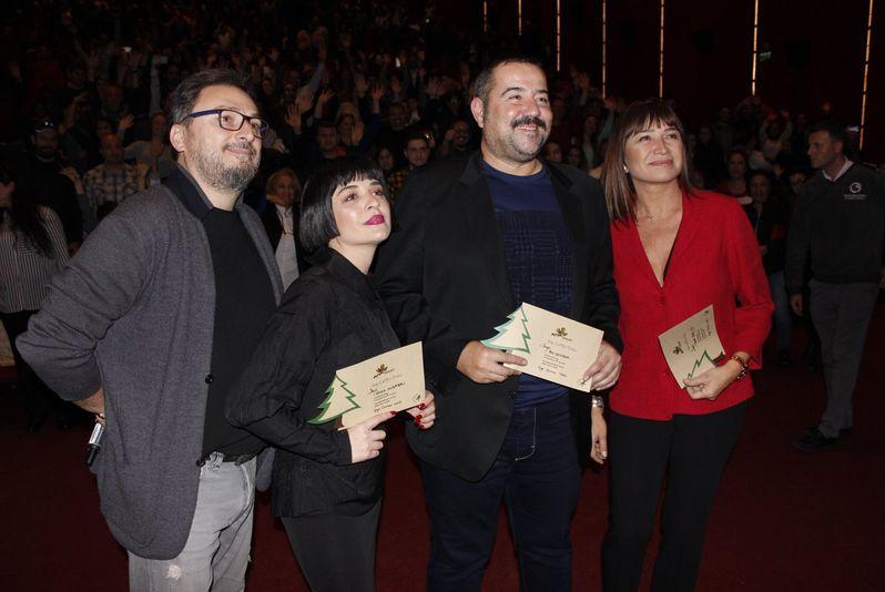 'Hedefim Sensin'de başrolleri Ata Demirer, Demet Akbağ ve Gonca Vuslateri paylaştı.