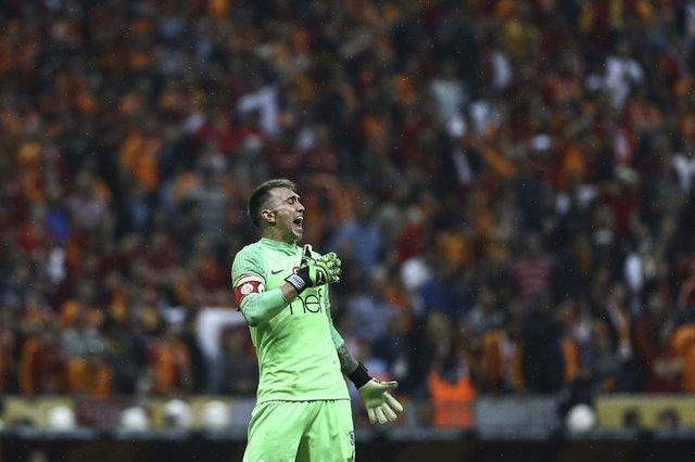 Galatasaray - Başakşehir maçının muhtemel 11'leri