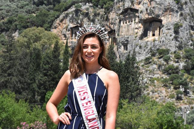 Güzellik Kraliçesi Alisha Cowie, Muğla'da - Magazin haberleri