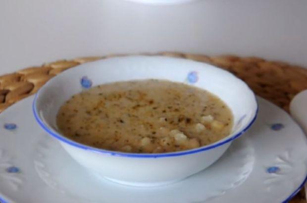 Dövme mısır çorbası nasıl yapılır? İşte, en lezzetli dövme mısır çorbası tarifi...