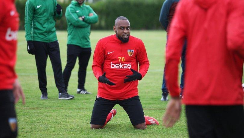 İstikbal Mobilya Kayserispor, yeni sezon için Jean Armel Kana Biyik ile devam etmeyecek.