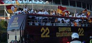 Galatasaray'da çılgın kutlama!