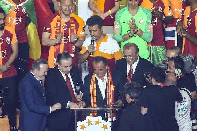 Son Dakika: Yıldız oyuncu geri dönüyor! Galatasaray'dan son dakika transfer haberleri