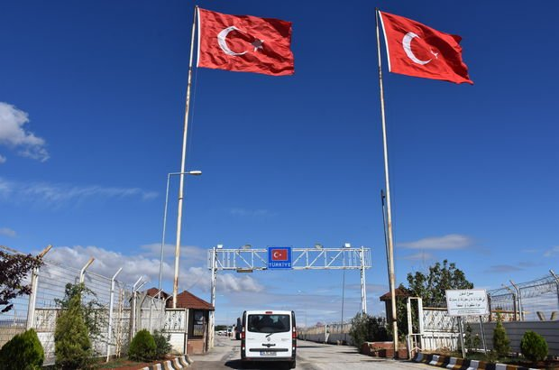 Türkiye'ye iade edilmek üzere yola çıktılar
