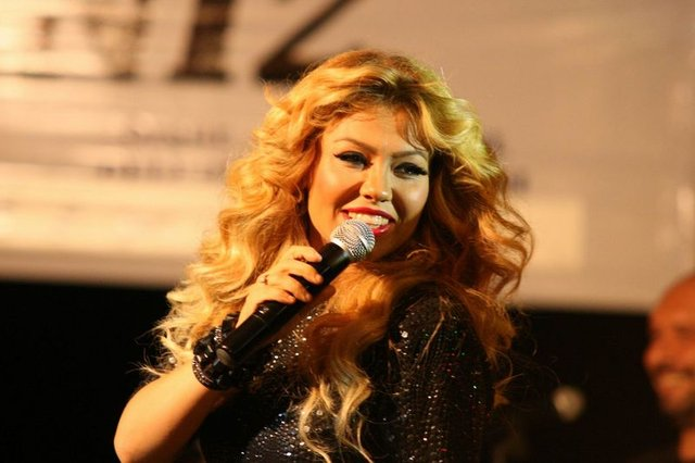 Şarkıcı Lara'nın son hali şaşırttı! - Magazin haberleri