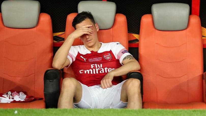İngiliz basını Mesut Özil'in geleceğini tartışıyor: Özil'e ne oldu?