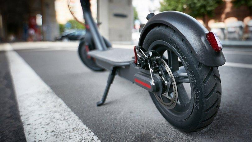 bmw elektrikli scooter