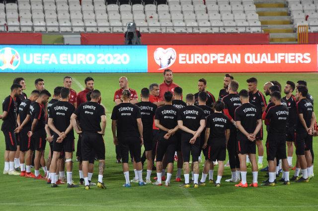 Türkiye Fransa maçı muhtemel 11'leri! Türkiye Fransa maçı hangi kanalda saat kaçta? Türkiye Fransa maçı ne zaman?