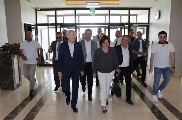 Kılıçdaroğlu, Deniz Baykal'ı ziyaret etti