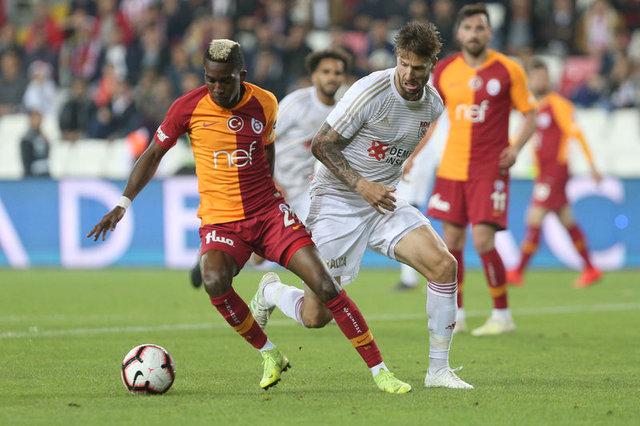 Bomba gelişme! Yıldız isim açıkladı: Terim isterse seve seve gelirim! Galatasaray'dan son dakika transfer haberleri