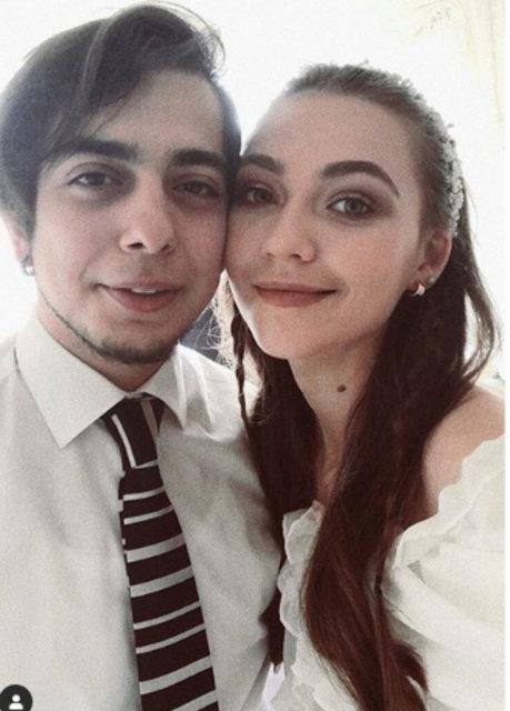 Miray Akay ile Atilla Doğukan Türkyılmaz nişanlandı - Magazin haberleri