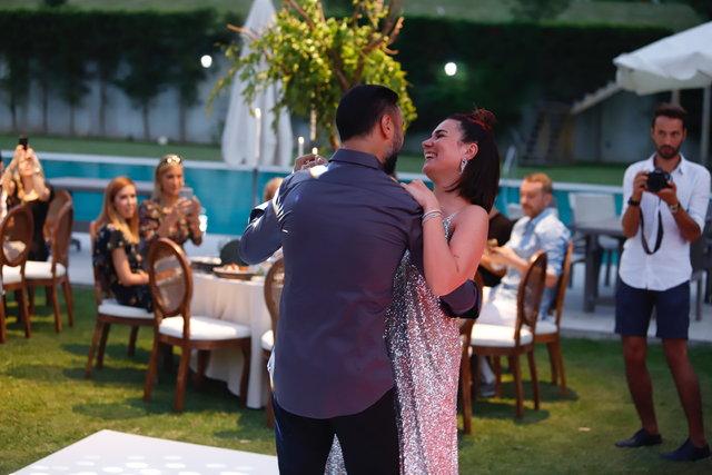 Buse Varol'dan eşi Alişan'a doğum günü sürprizi - Magazin haberleri
