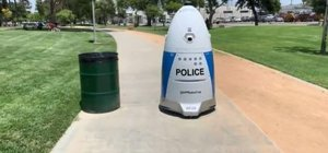 Robot polis ilk devriyesine çıktı