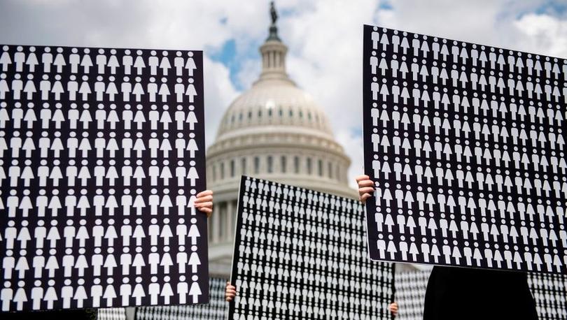 ABD Senatosu Suudi Arabistan'a silah satışını engelleyen yasa tasarlarını kabul etti