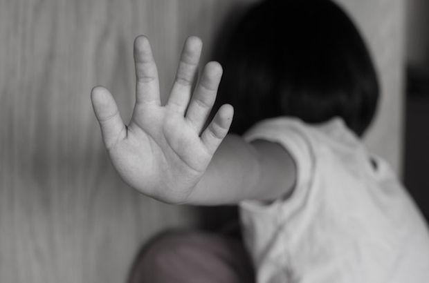 Afgan çocuğa sokakta istismara 18 yıl!