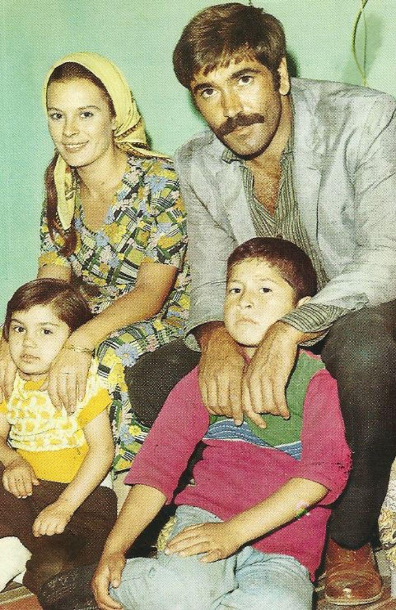 Hülya Koçyiğit, 1974'te çekilen Lütfi Ömer Akad'ın 'Diyet'inde Hakan Balamir ile...