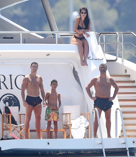 Ronaldo tatilde - Magazin haberleri
