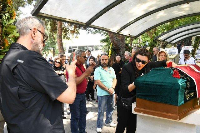 Selen Görgüzel Alkan'dan Enis Fosforoğlu açıklaması! - Son dakika Magazin haberleri