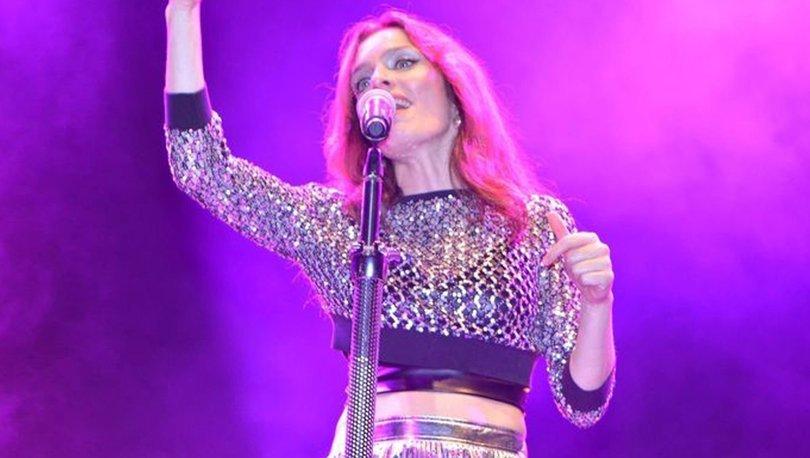 Nil Karaibrahimgil'dan coşku dolu konser - Magazin haberleri