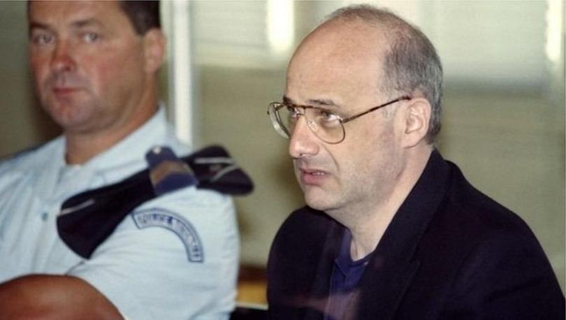 Anne-babasını, karısını ve çocuklarını öldüren ünlü dolandırıcı 26 yıl sonra serbest