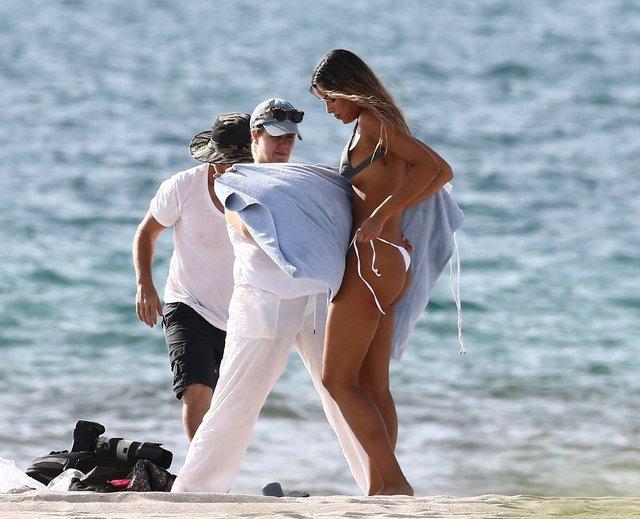 Ariadna Gutierrez bikinisini plajda değiştirdi - Magazin haberleri