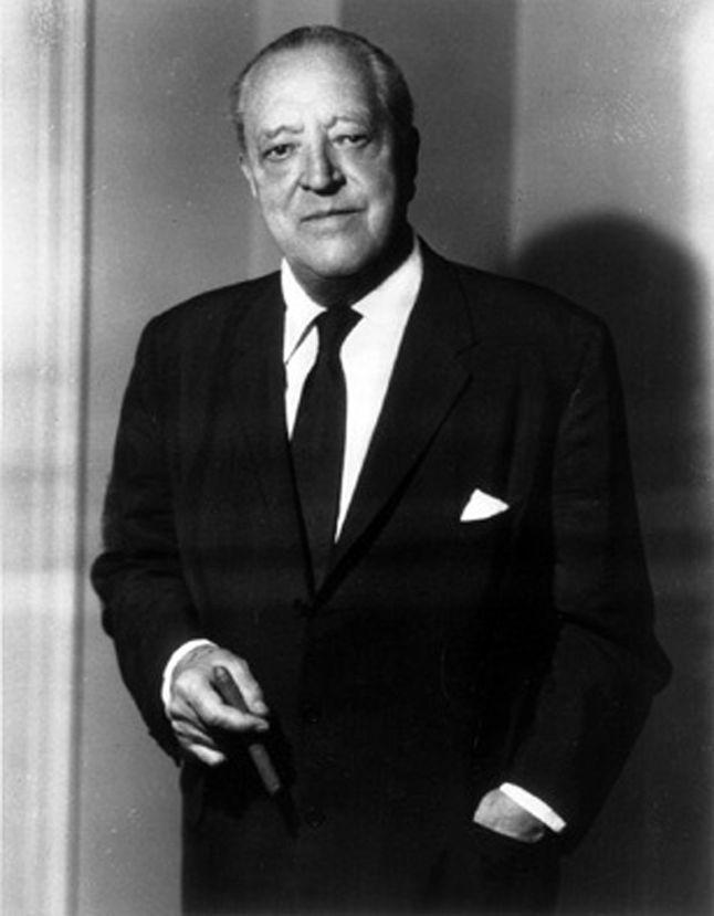 Bauhaus'un son yöneticisi Mies van Der Rohe-