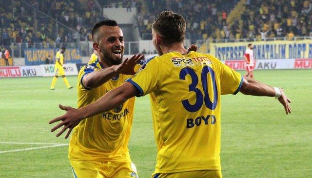 Beşiktaş'tan son dakika transfer haberleri! Ufukta üç imza var! (BJK transfer gündemi)