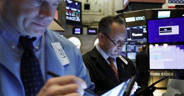 S&P 500 Endeksi ilk kez 3 bin puanı aştı