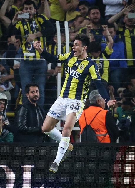 Son dakika Fenerbahçe bomba haber! Eljif Elmas'tan haber geldi