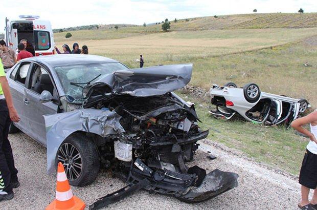 Salda Gölü yolunda feci kaza: Çok sayıda yaralı var