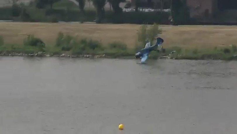 İsveç'te paraşütçüleri taşıyan uçak düştü!