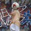 Malezyalı kadın futbolcu tarzıyla dikkat çekiyor