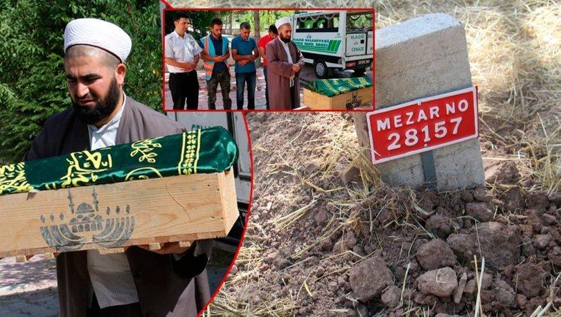 SON DAKİKA! Elazığ'da annesinin çöpe attığı bebek kimsesizler mezarlığına defnedildi - Haberler