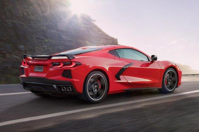 Chevrolet'in ikonik modeli Corvette yenilendi