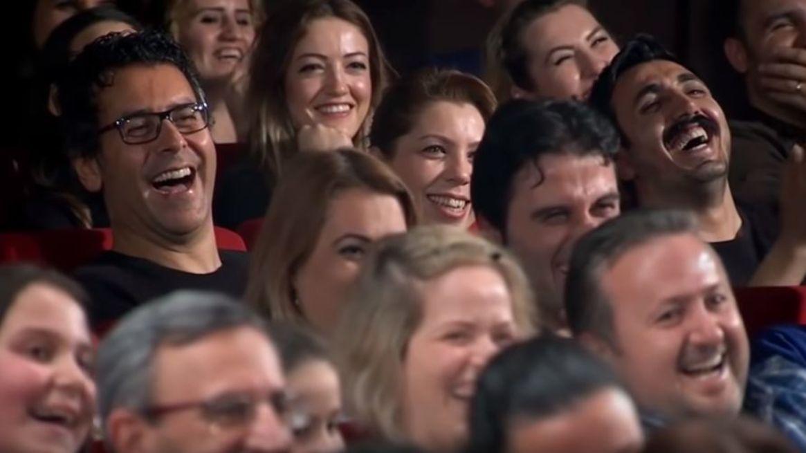 Doğu Demirkol'u 'Güldür Güldür Show'da izleyenler...