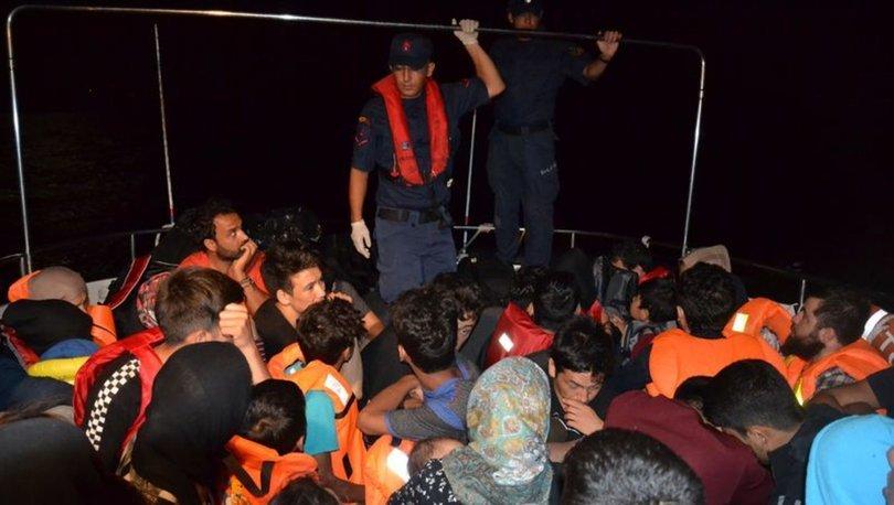 Ayvalık açıklarında 46 düzensiz göçmen yakalandı