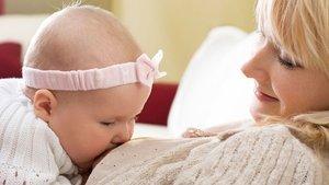 Anne sütünün azlığı neden olur?