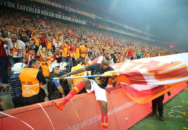 Son dakika Galatasaray transfer haberleri! Galatasaray'da Falcao konusunda çok önemli gelişmeler var