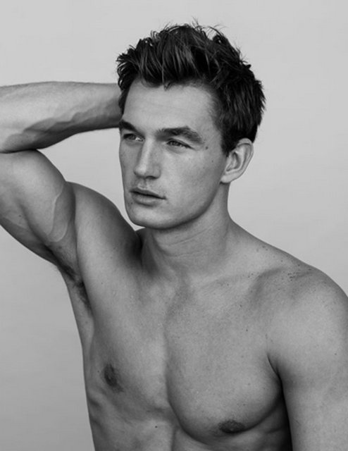 'Gigi Hadid ile Tyler Cameron aşk yaşıyor' iddiası - Instagram magazin haberleri