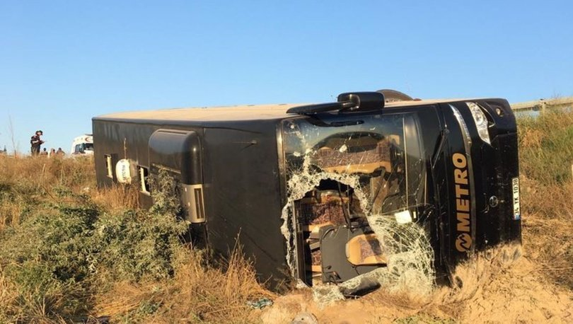 SON DAKİKA! Eskişehir'de yolcu otobüsü şarampole devrildi: 13 yaralı