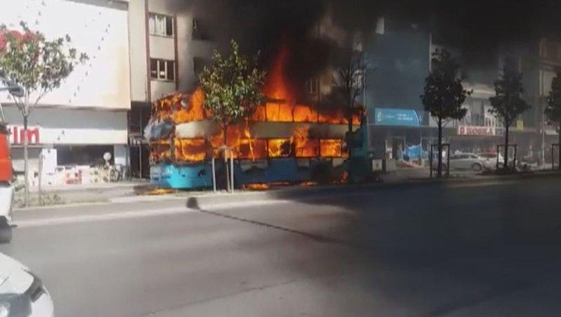 SON DAKİKA dehşet anları! Esenyurt'ta çift katlı otobüs alev alev yandı