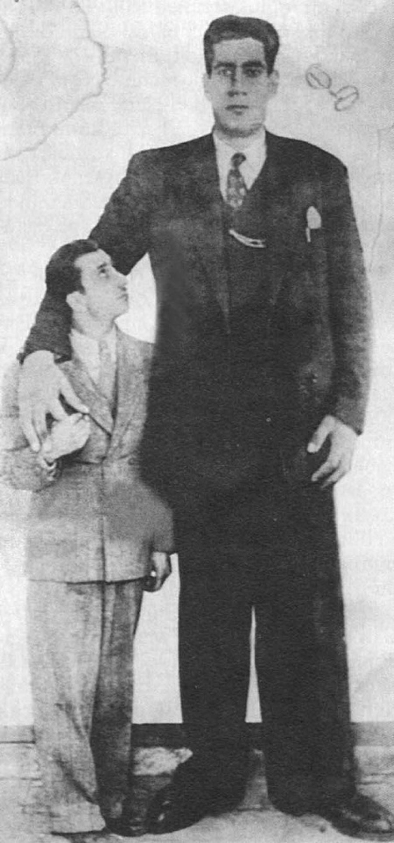 Uzun Ömer ile Cüce Simon..