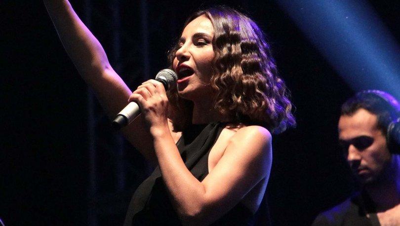 Betül Demir, Devrek'te konser verdi - Magazin haberleri