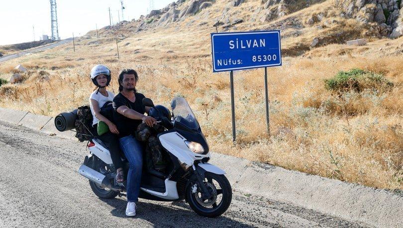 Hayatı ve motosikleti paylaşıp Türkiye turuna çıktılar