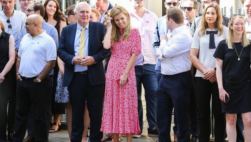 İngiltere siyasetinde 'sevgili' açılımı!